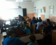 Среща на ученици с психотерапевта Петя Радкова от Национален център по наркомании
